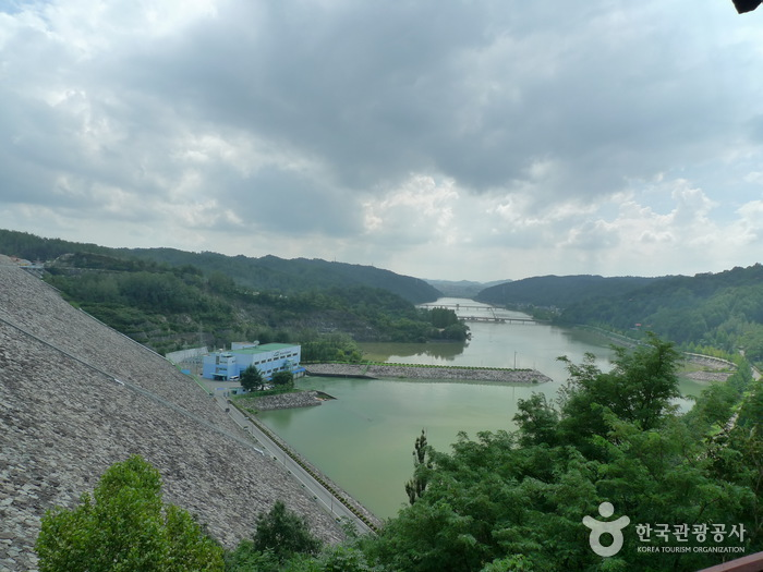 Andong Dam (안동댐)