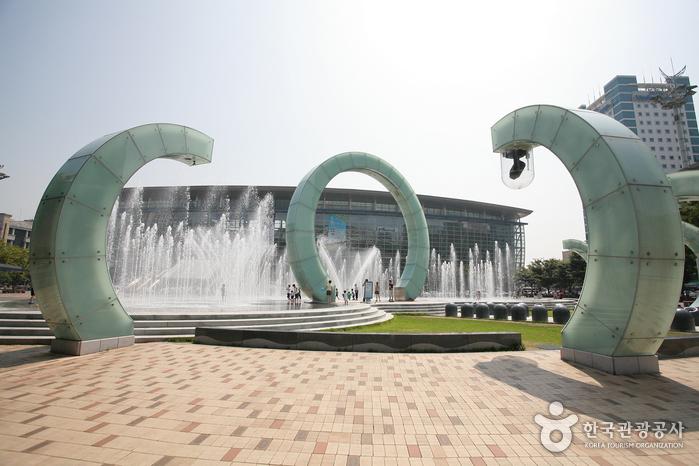 Busan Station (부산역)