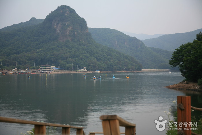 Sanjeong Lake ( ...