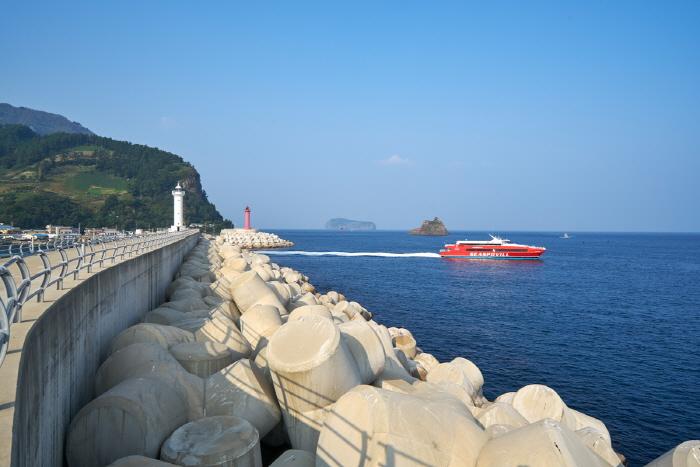 Puerto Jeodong (저동항)36