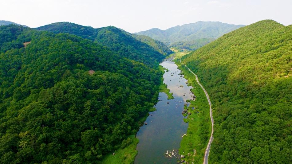 섬진강이 한눈에 보이는 사진