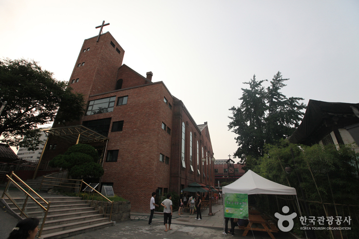 Seungdong Church (승동교회)