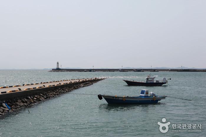 南塘港(남당항)