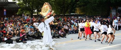 南原春香祭(남원춘향제)