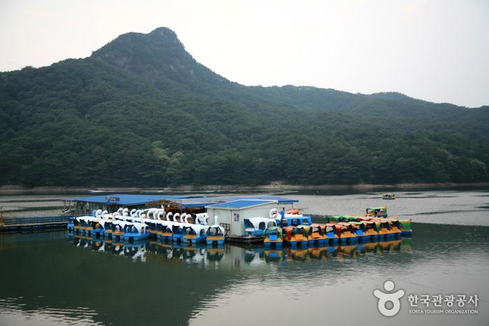 See Sanjeongho (산정호수)
