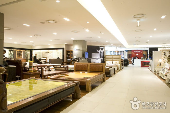 Shinsegae Department Store - Centum City Branch (신세계백화점 (부산 센텀시티점))
