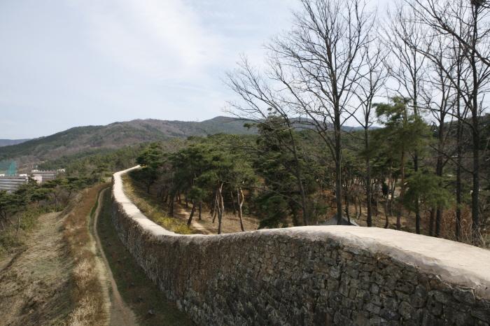 고창읍성 성곽길