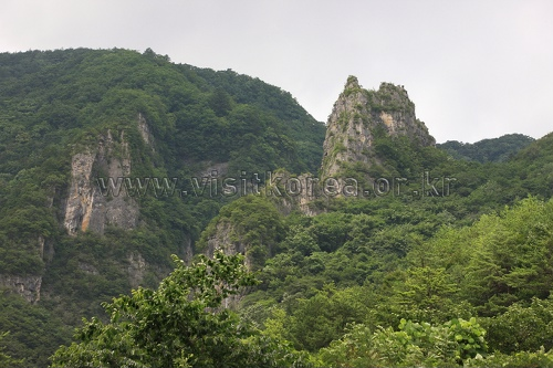 Deokangsan Mountain (덕항산)