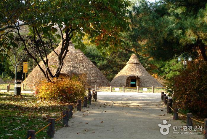 Amsa-dong Prehisto