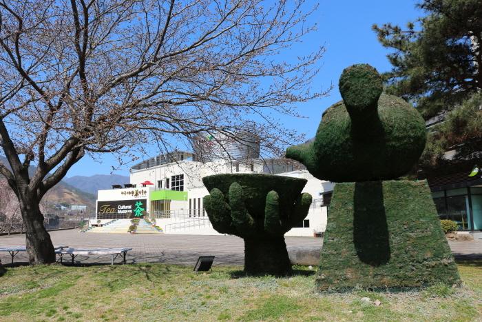 Центр чайной культуры в Хадоне (하동 차문화센터)3