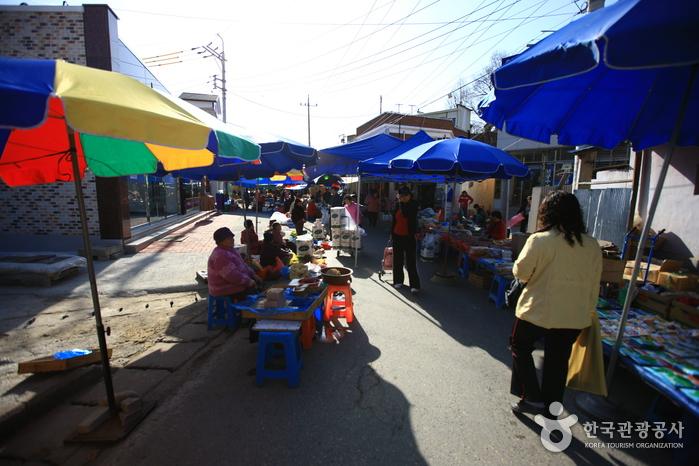 Mercado de las Luciérnagas de Muju (무주반딧불시장)