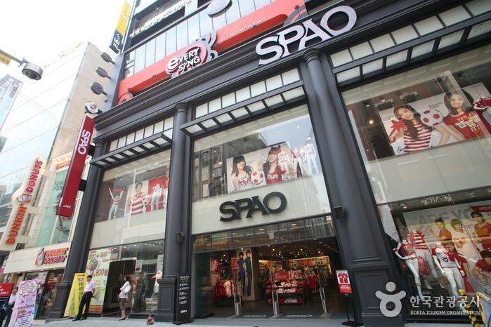 Spao - Myeongdong Branch (스파오 - 명동점)