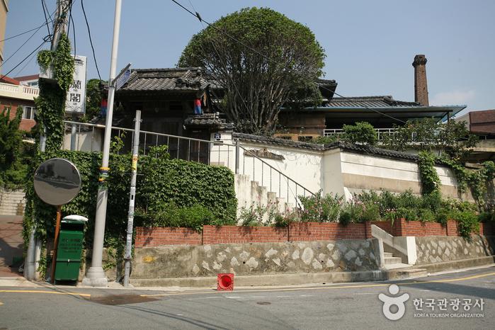 부산 수정동 일본식 가옥