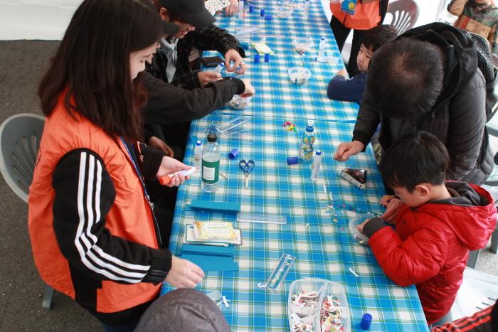 閑麗水道牡蠣祭り(한려수도 굴축제)