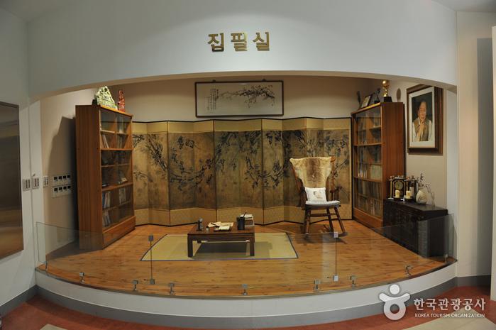 목포문학관