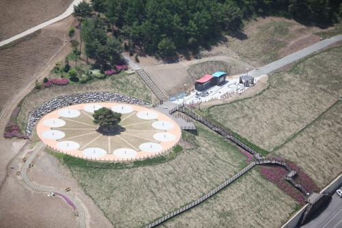 Zeitkapsel-Park (타임캡슐공원)