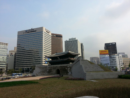 Sungnyemun Gate (Namdaemun Gate) ()