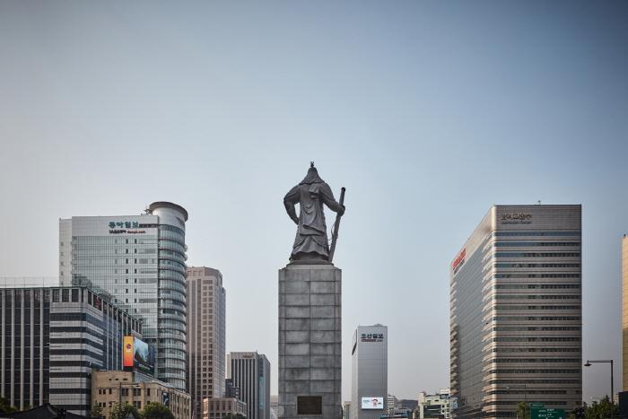 Estatua del Almirante Yi Sun-shin (충무공 이순신 동상)14