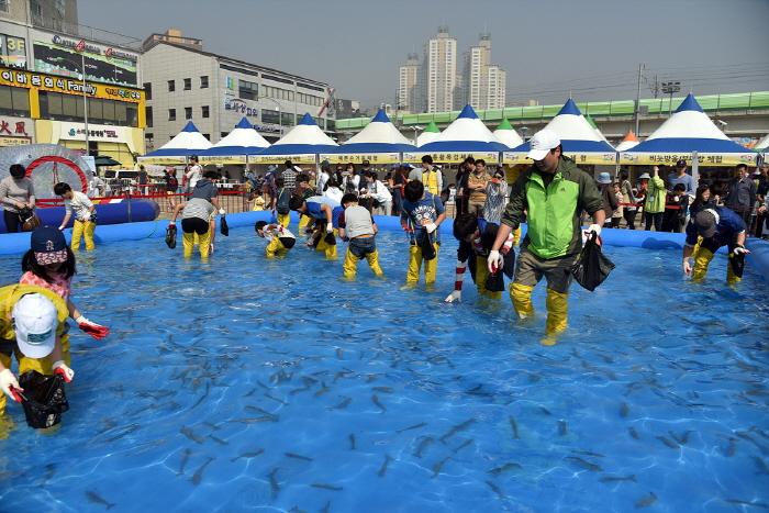 蘇来浦口祭り(소래포구축제)