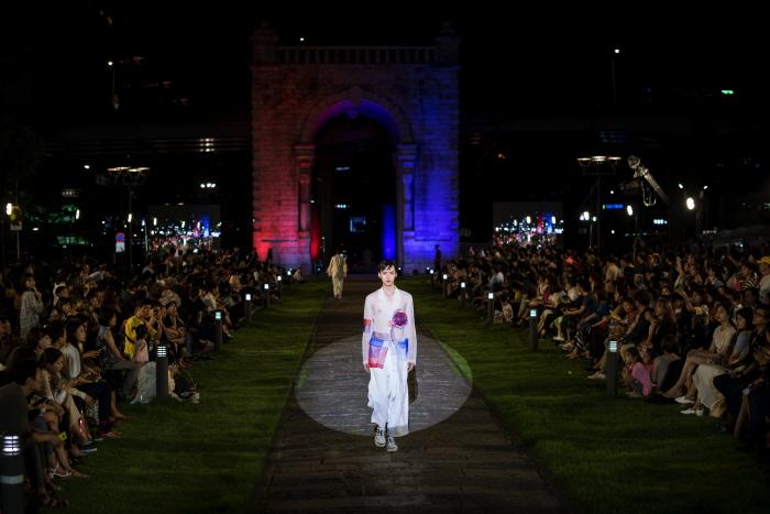 ソウル365ファッションショー(서울 365 패션쇼)