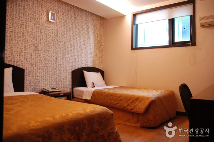 M. Biz Hotel - Goodstay (엠비즈호텔 [우수숙박시설 굿스테이])