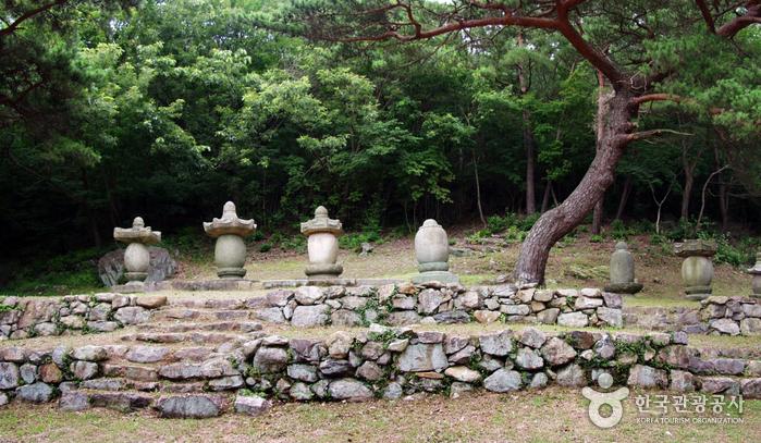 Heungguksa Temple (Yeosu) (흥국사 (여수))