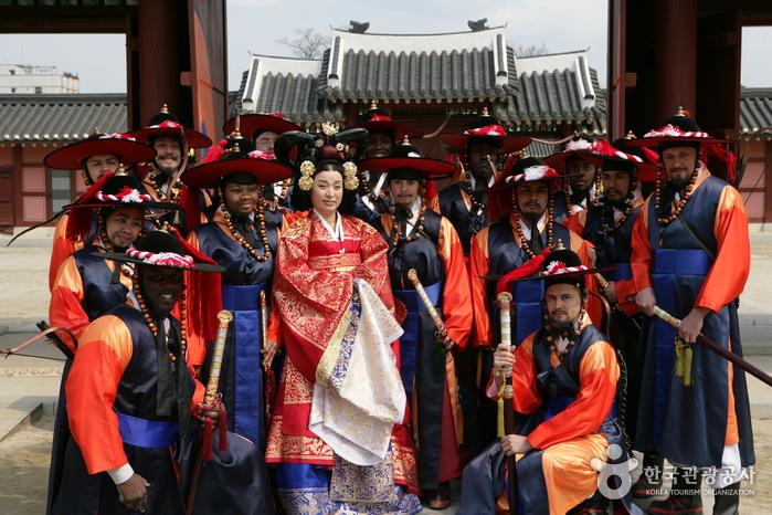Palast Hwaseong Haenggung (화성행궁)