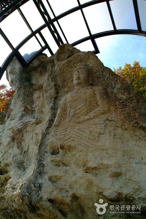 Храм Кольгульса (골굴사)5