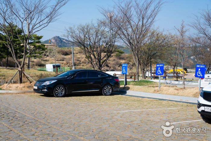 황매산 주차장(박석 구역)