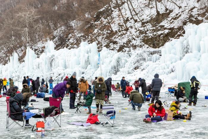 Cheongpyeong Schneeflocken-Festival (청평 얼음꽃 축제)