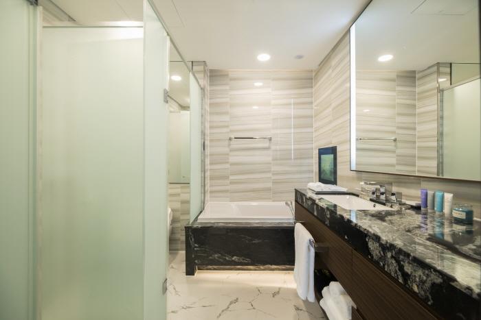 세인트존스 호텔_Grand Bleu Suite4