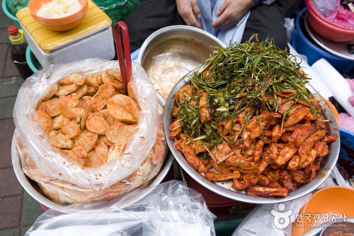 Gukje Market Food Street (국제시장 먹자골목)