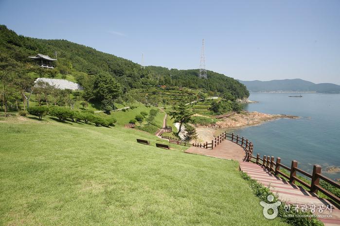 Парк имени адмирала Ли Сун Син (이순신공원)7