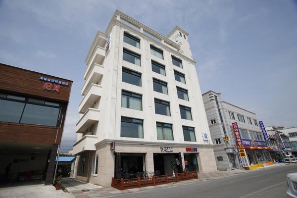 Helios Motel - Goodstay (헬리오스모텔[우수숙박시설 굿스테이])