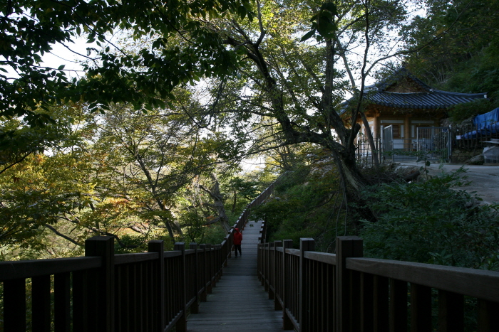 Cheokpanam Hermitage (Busan) (척판암 (부산))