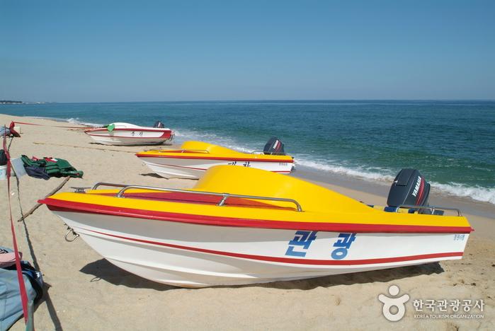 Gangneung Gyeongpo Beach (강릉 경포해변)