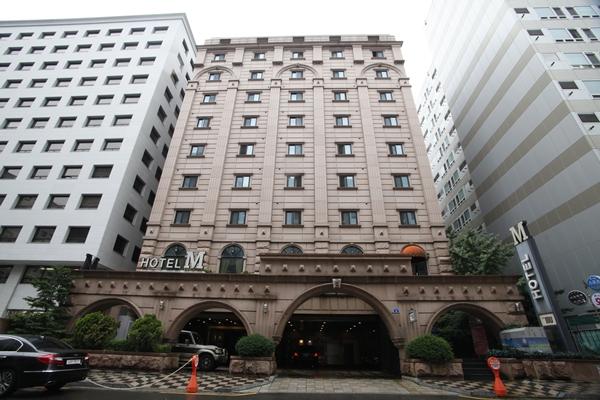 Hotel M - Goodstay (엠호텔 [우수숙박시설 굿스테이])