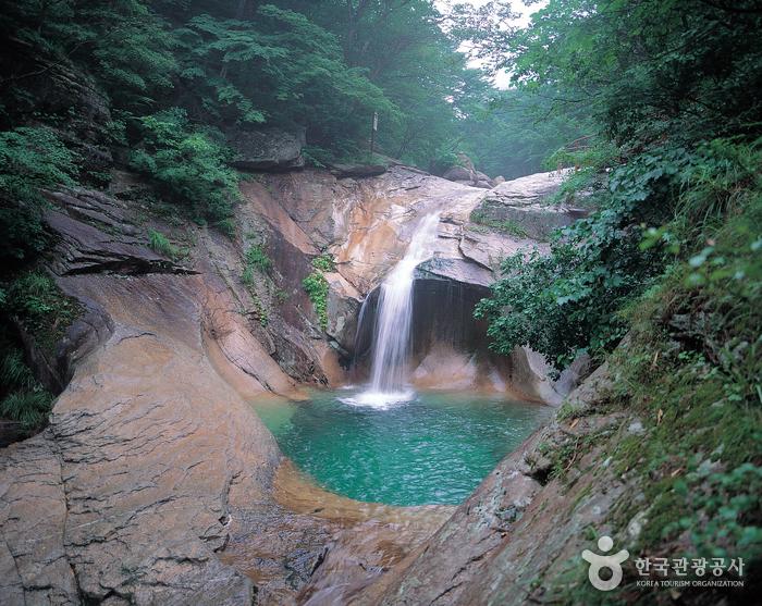 Yongso-Wasserfall, Yeonha-Tal (용소폭포, 연하계곡)