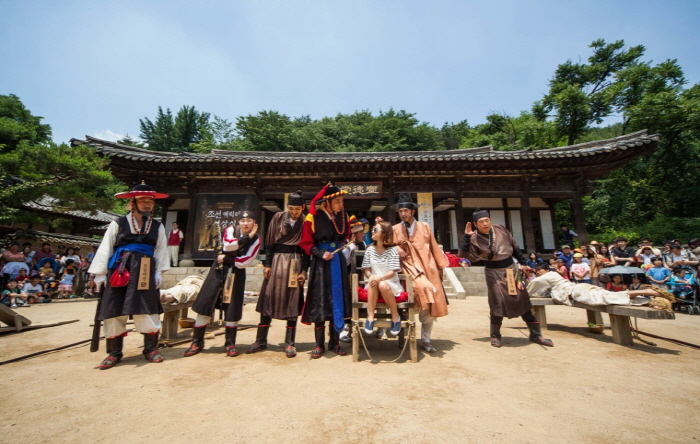 '2016 Welcome to Joseon' Korean Folk Village Joseon Live Variety Festival (한국민속촌 조선문화축제 웰컴투조선 2016)