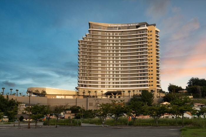 스탠포드 호텔&리조트