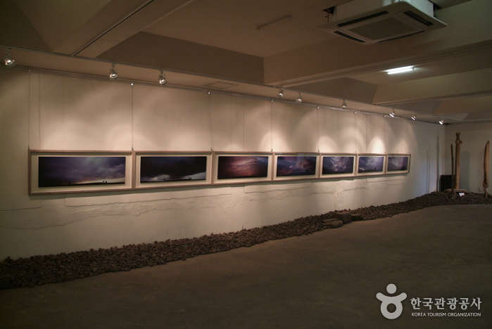 Kim Young Gap Gallery Dumoak (  )