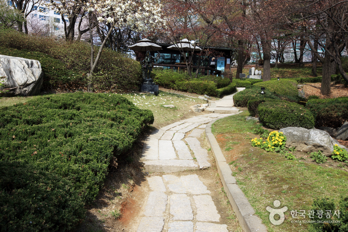 Художественная галерея Сонгок (성곡미술관)4