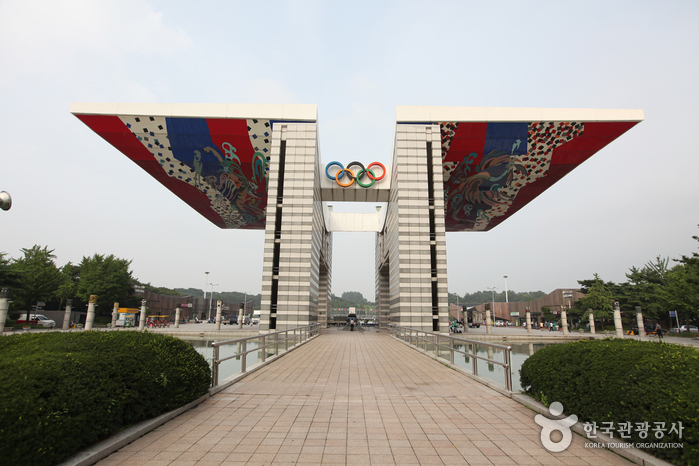 Olympic Park ()