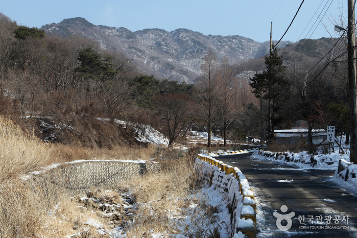 Cheonggyesan Mountain (청계산)