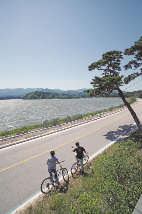 Озеро Хвачжинпхо (화진포)22