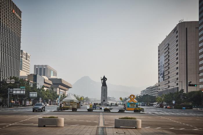 Estatua del Almirante Yi Sun-shin (충무공 이순신 동상)10