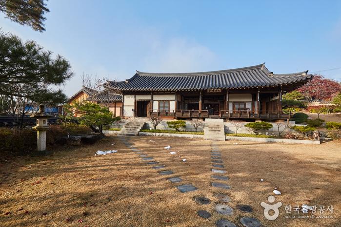 九潭精舎[韓国観光品質認証](구담정사[한국관광품질인증/Korea Quality])