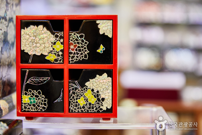 仁寺漆器[韓国観光品質認証](인사칠기[한국관광품질인증/Korea Quality])