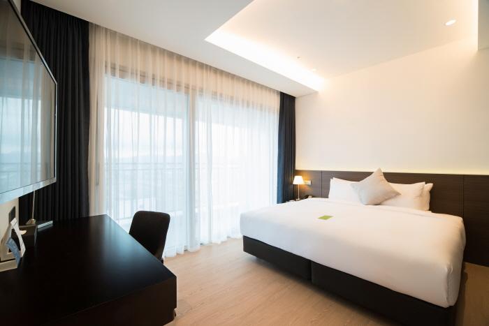 세인트존스 호텔_Grand Bleu Suite1