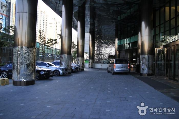 Отель Sheraton Seoul D-Cube City (쉐라톤 서울 디큐브시티 호텔)4